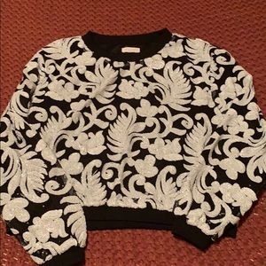 Hot & Delicious sequin floral black/white sweater